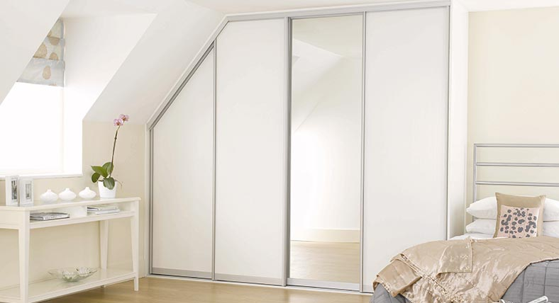 White Ash, Glass & Mirror, Fitted Bedroom Wardrobe