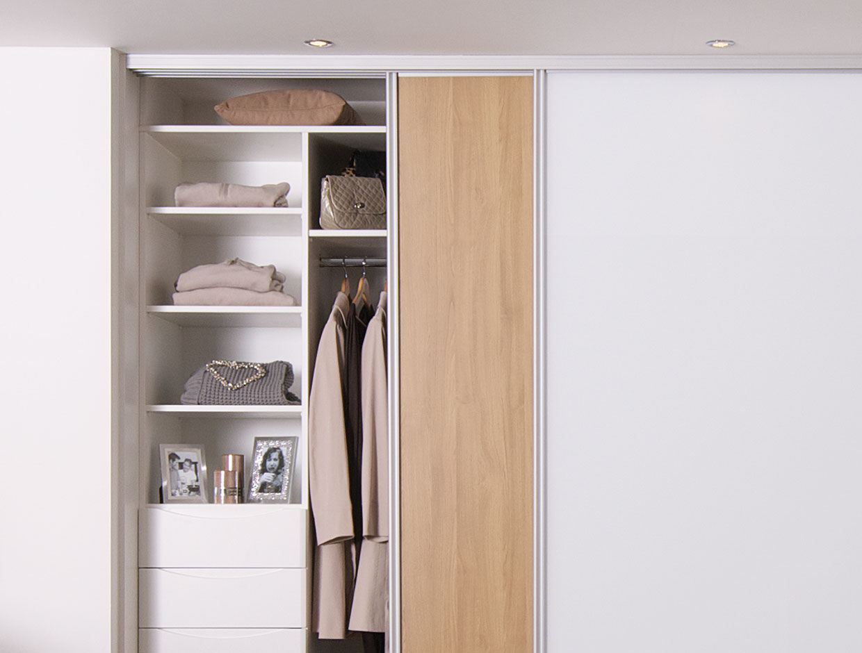 Oak & Mirror Wardrobe Interior