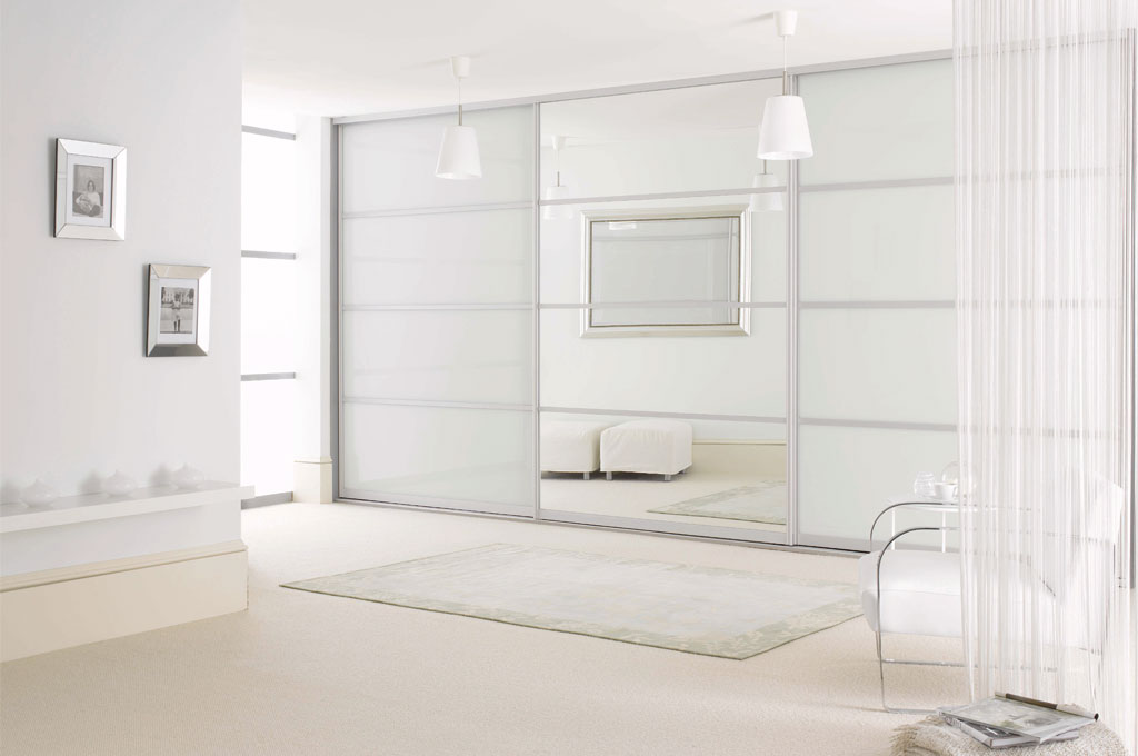 Sliderobes White Glass Sliding Mirror Door